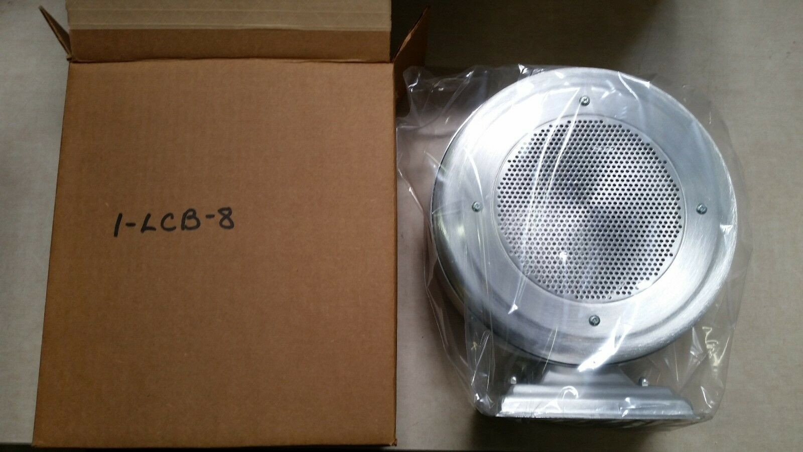 NEW  Lowell Bi-Directional 8  Speaker Surface Baffle LCB-8 Fast Free US Shipping
