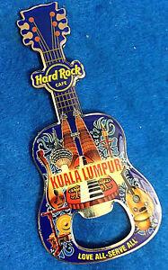 Kuala-Lumpur-Petronas-Torres-Ciudad-Iconos-Botella-Abridor-Guitar-Duro-Roca-Cafe