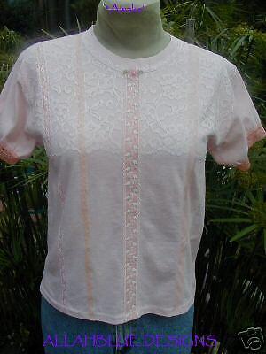 AWAKE Peach lace TEE puff sleeves