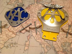 AA CAR BADGE DATED 1945 - 1967 AND BAR BADGE FITTING COLLECTABLE AND RAC BADGE