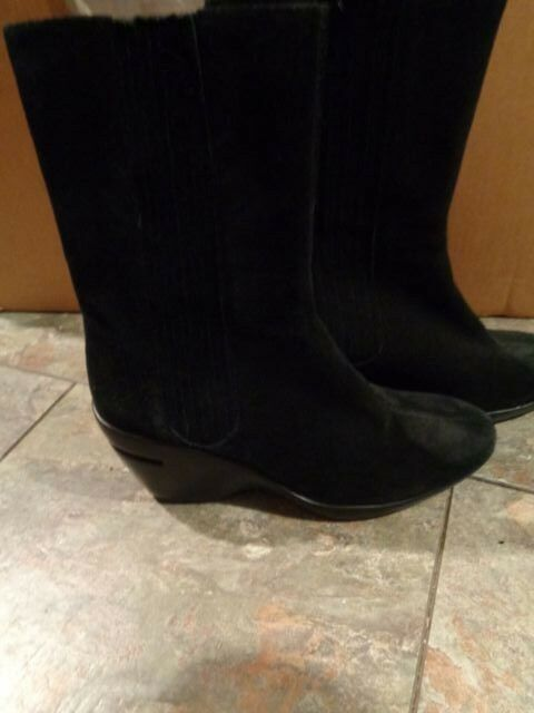 cole haan black suede leather slip on ankle boots size 7