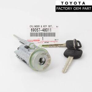 FACTORY TOYOTA IGNITION CYLINDER AND KEYS AVALON CAMRY SOLARA  69057-48011