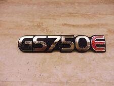 1979-80 Suzuki GS750E GS-750E Right Side Cover Emblem PL115 +