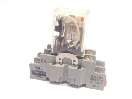 Dayton 2A582 8 Pin Socket Relay 300V 10 Amp 0036X