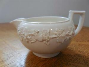 Wedgwood-Embossed-Queensware-cream-on-cream-tiny-smooth-edge-creamer