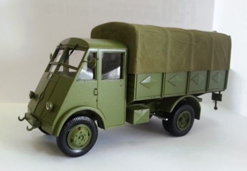 1 35 Renault AHS 2ton 4x2- High Quality Resin KIT by Fankit Models