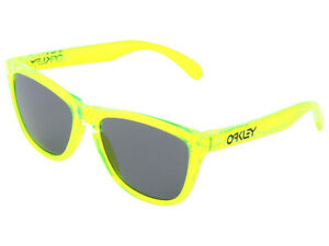 Oakley-Frogskins-Acid-Rain-Collection-Sunglasses-24-249-Acid-Green-Grey