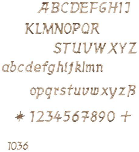 Grabschrift//Buchstaben//Zahlen//Bronze//Grabstein//Grabmal//Allerheiligen//Schrift