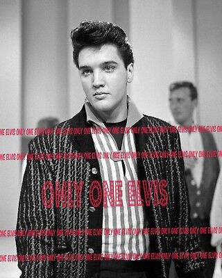 """1960 ELVIS PRESLEY on TELEVISION Photo /""""WELCOME HOME ELVIS/"""" SET REHEARSAL 01"""
