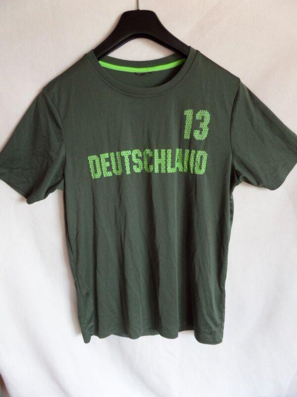 """Diplomatisch Shirt - Grün . Jungen - Gr.164 - Mit Aufschrift """" Deutschland 13 """""""