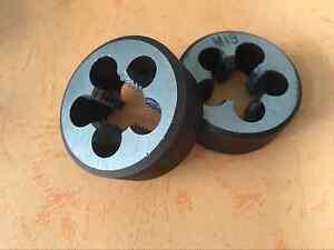 1pcs tap M19 × 1.5 1pcs die M19 × 1.5    M19  right hand