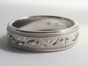 14kt white gold cresent moon wedding band ring size 10