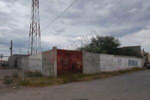 Terreno bardado, Uso Mixto, Col. Universidad, Torreón, Coah.