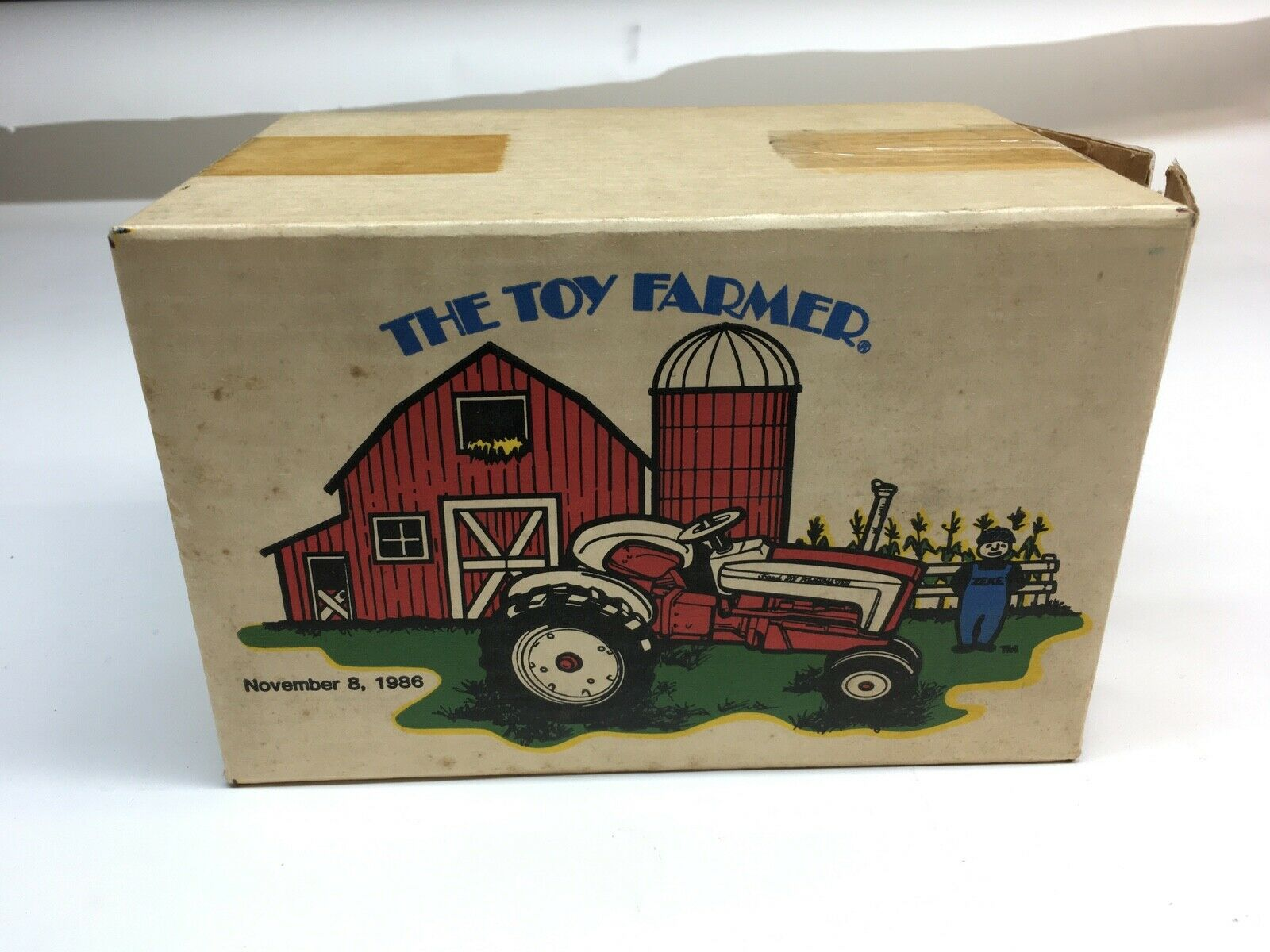1 16 SCALE FORD 901 TRACTOR 1986 TOY FARMER
