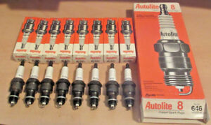NEW-Made-in-USA-NOS-Set-of-8-pack-Autolite-646-Spark-Plugs-R45NSX-RN14Y6-AGR52-6