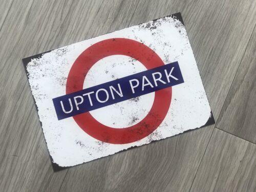 """Upton Park London Tube SIGNE 7.5/"""" X 10.5/"""" Vintage Rouille métallique de style plaque murale"""