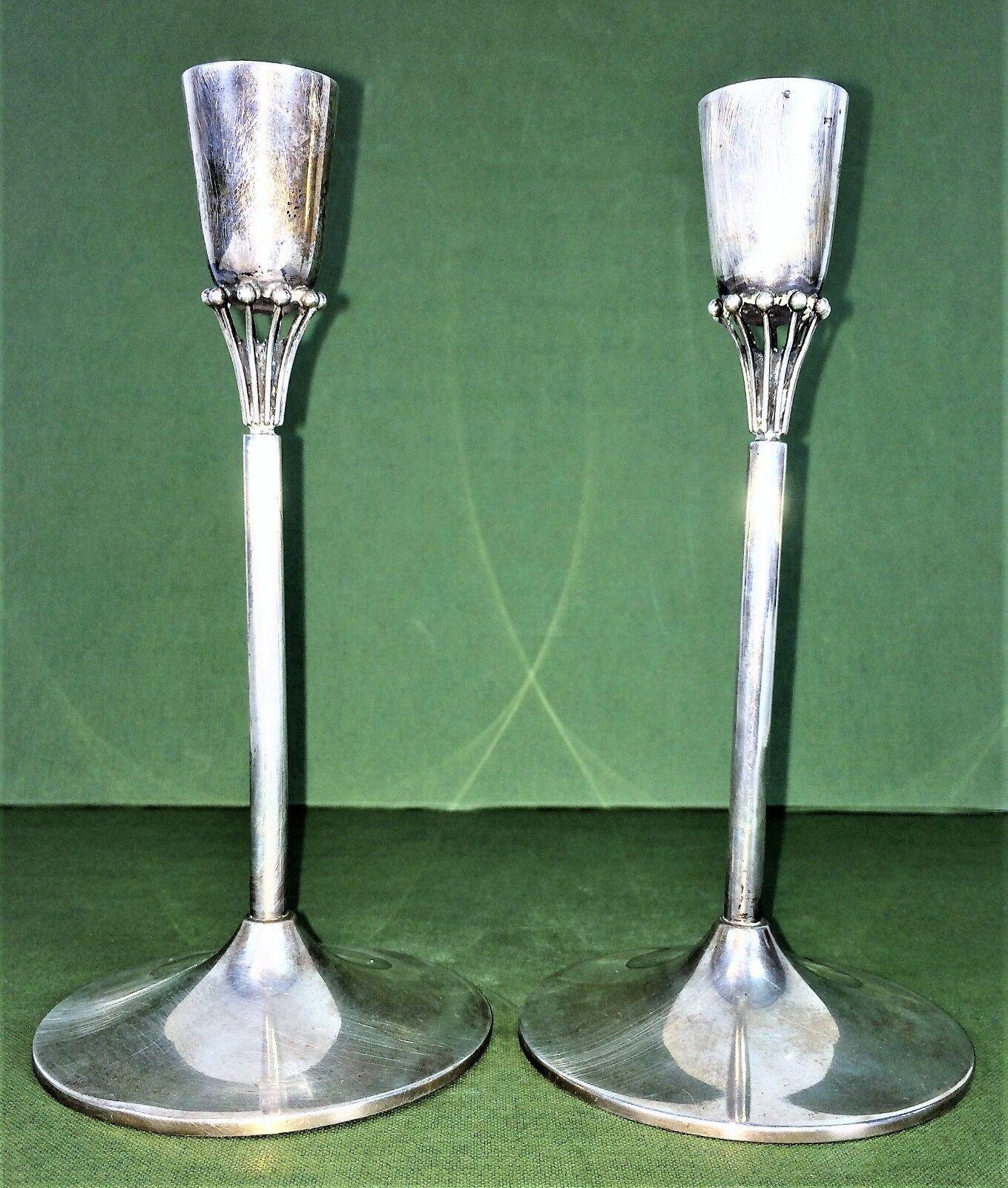 COUPLE DE CHANDELIERS. Silber 900 1000. POINÇONNÉ. ART DECO. ESPAGNE. CIRCA 1920