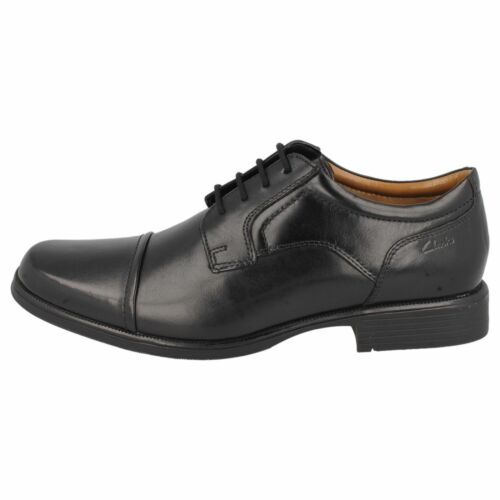 Mens Clarks Black Leather Lace Up Shoes G Fitting UK Sizes 7-12 Huckley Cap