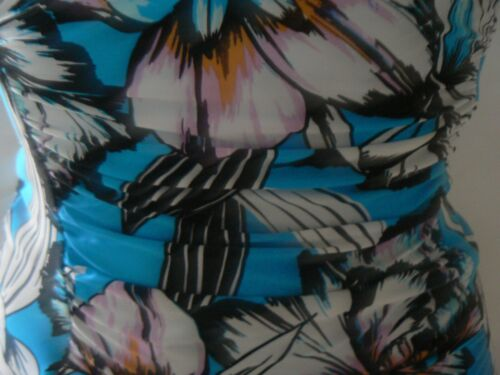 MARKS /& SPENCER Floral Plunge Swimsuit Secret Slimming Size 8-10 New Tags