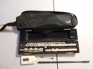 Armstrong 800b Open-holed B-foot Sterling Silver Flute!!! Facile à Utiliser