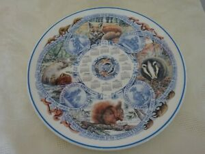 Wedgwood-Collectors-Calendar-Plate-2005-Seasons-Mammals