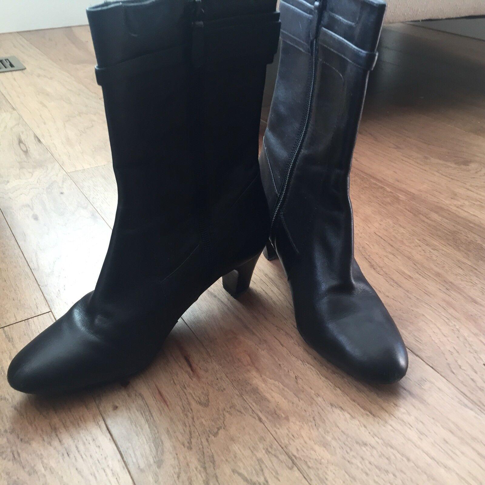Cole Haan damen Stiefel schwarz leather  with side zipper Größe 8.5