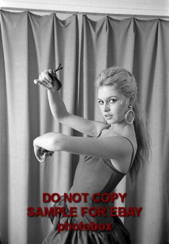 Brigitte Bardot Exclusive Unpublished PHOTO Ref 017