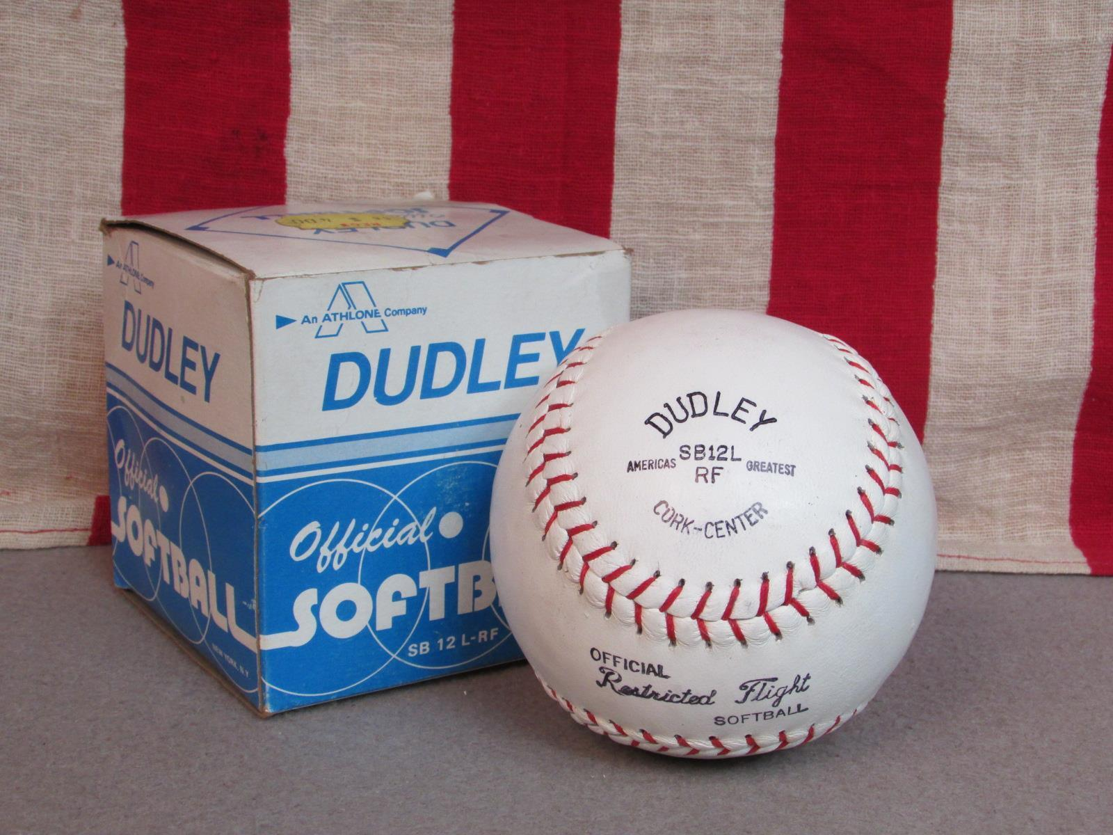 Vintag Dudley Official Slow Pitch Tournament Softball 12  New Original Box SB12L