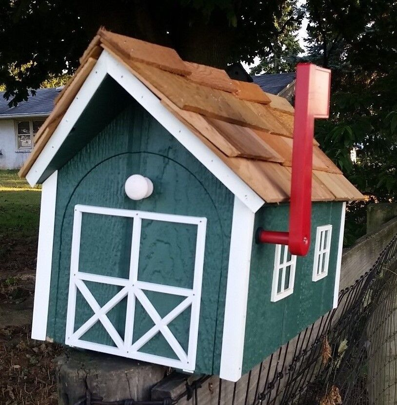 Amish Crafted Hunter Grün Weiß Trim Barn Style Mailbox - Lancaster County PA