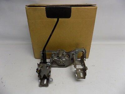 New OEM 1998 /& Up Ford Heavy Truck Acceleration Control Kit Pedal F8HZ9728BA