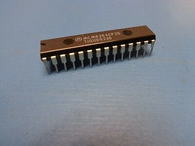 MT5C6408-15 MICRON 6264 D4364 64K 8Kx8 5V 15NS ASYNC SRAM 28pin 300mil DIP