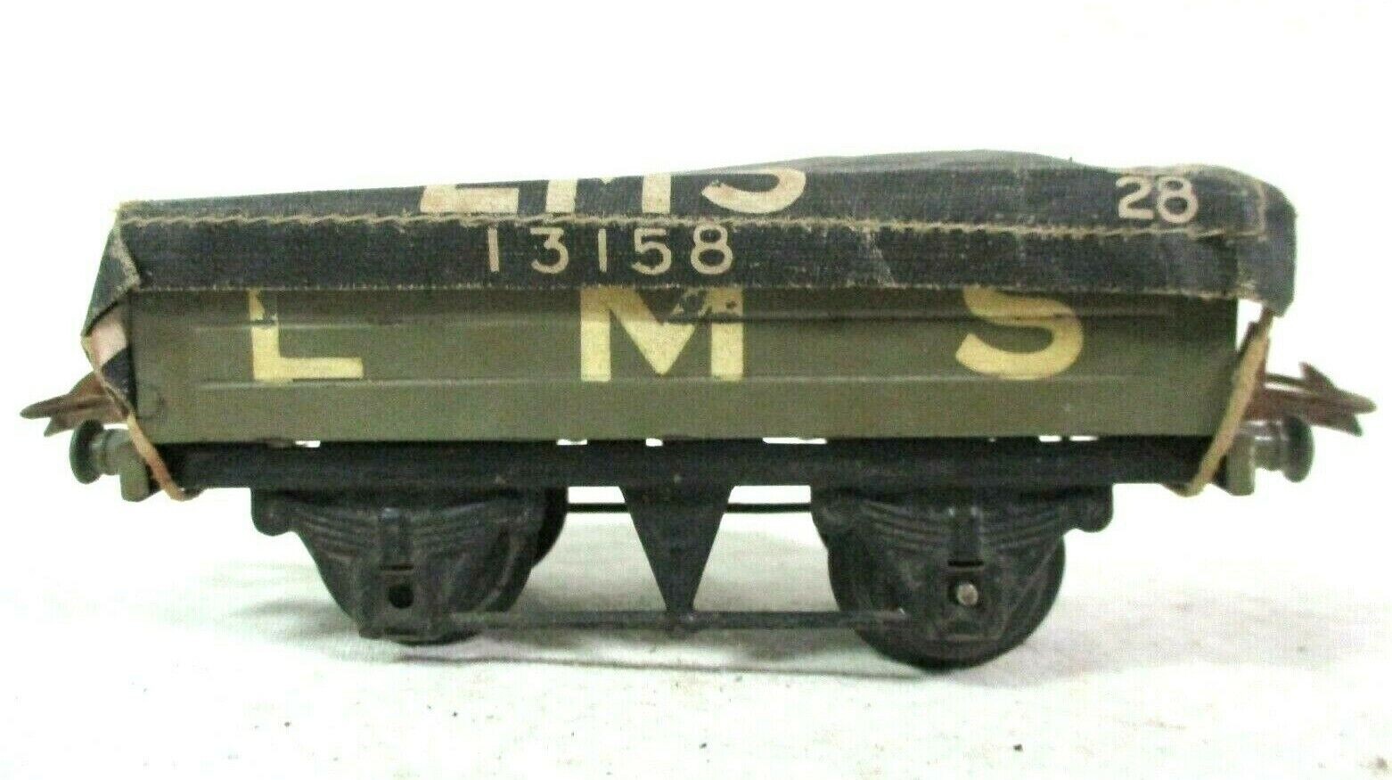 Hornby 13158 LMS Coal Wagon w  Tarpaulin Model Railway Freight Train Car B62-34
