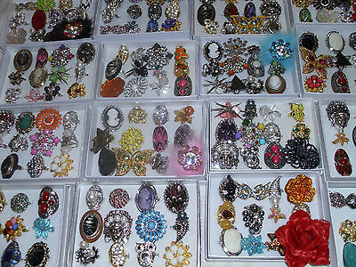 48 RINGS WHOLESALE LOT CHIC COCKTAIL COSTUME JEWELRY / W DISPLAY BOX