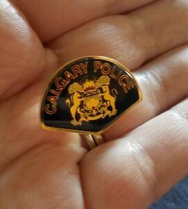 Vintage-Calgary-Police-Department-Pin-Lapel-Hat-Jacket-Tie