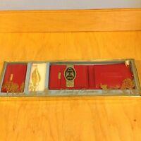 Vintage Billfold Key Case Pin Brooch Mdae By Wooentex A Touch Of Elagance