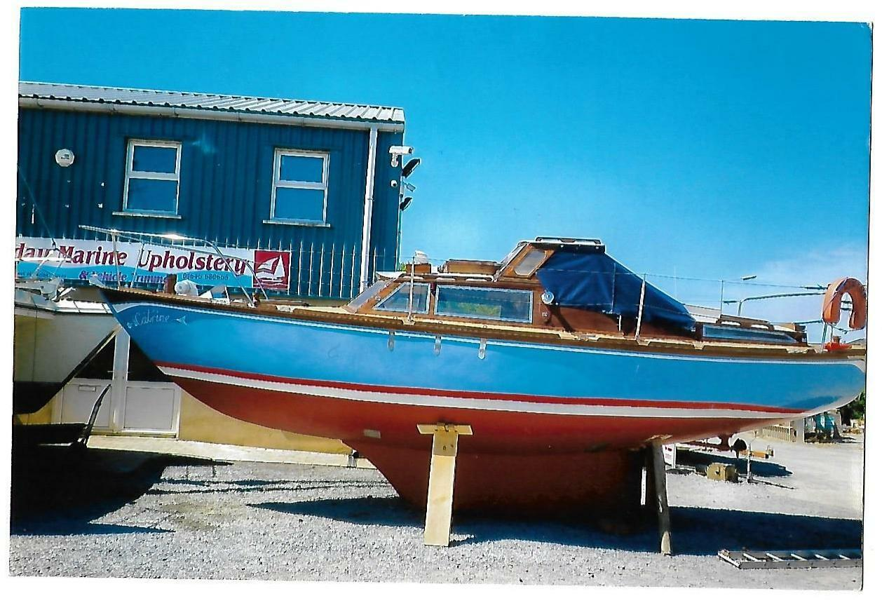 1960s WOODEN YACHT BOAT FOR SALE  28ft SALT WATER cold cured Angus Primpink