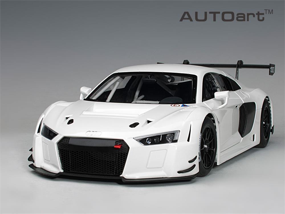 Audi R8 Lms Bianco in 1 18 Scala da Autoart