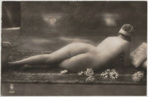 Original-vintage-1920s-reclining-nude-rear-view-marked-GP