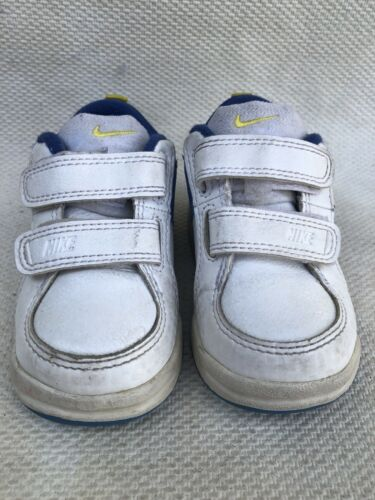 boys nike shoes Kids size 5c