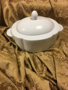 Villeroy Boch Switch 1 White Oval Covered Vegetable Dish With Lid ...