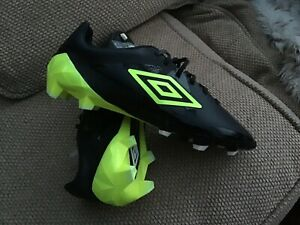 Umbro-Velocita-Pro-Firm-Ground-Football-Boots-Size-10-Brand-New-With-Tags-Mint