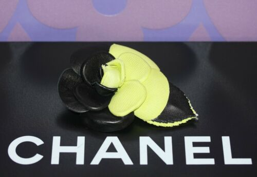 CHANEL Black Leather and Lime Green Textile CAMELL