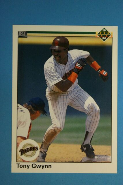 1990 Upper Deck Wrong Back Error Card Tony Gwynn On Front Andre Dawson On Back