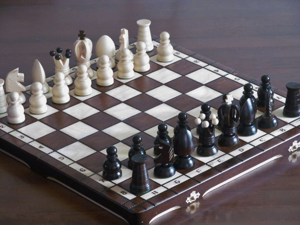 Brand New ♜ Hand Crafted Royal  Wooden Chess Set 44cm x 44cm