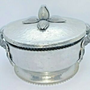 Rodney Kent Hammered Silver Company Footed Serving Bowl Tulip #407