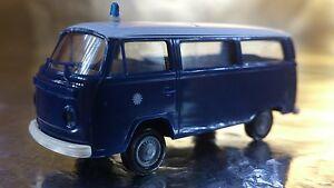 Brekina-33084-VW-T2-Blue-White-Polizei-Police-Bus-1-87-HO-Scale