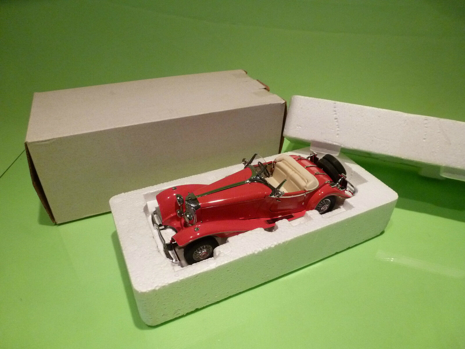 FRANKLIN MINT MERCEDES BENZ 500K 1935 SPECIAL ROADSTER 1 24 - NEAR MINT IN BOX