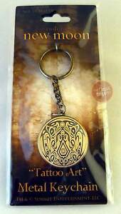 NEW-MOON-Twilight-KEY-RING-Keychain-Quileute-Tribe-Tattoo-Art-metal-NEW