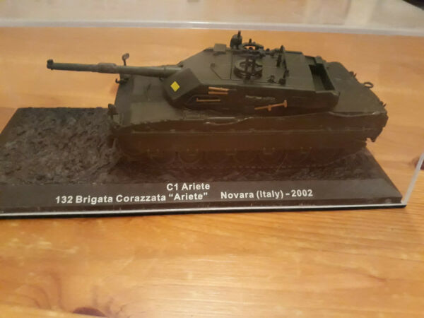 """1:72 C1 Ariete 132 Brigata Corazzata """"ariete"""" Novara (italy) - 2002 Lustre Brillant"""