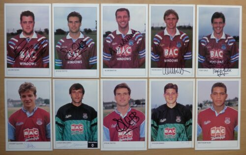 199092 West Ham United Hand Signed Official Club Cards 10 each RARE